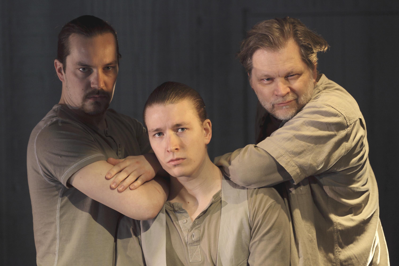 Jääkuvia. Olli Haataja (vas.), Jussi-Pekka Parviainen ja Esa Ahonen.