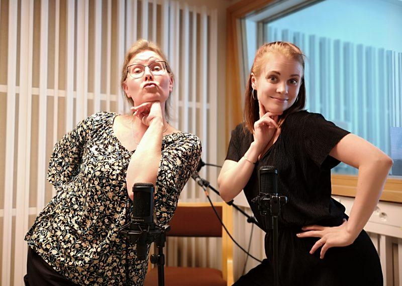 Lämpiöelämää-podcast. Jelena Jokelin ja Natalil Lintala.